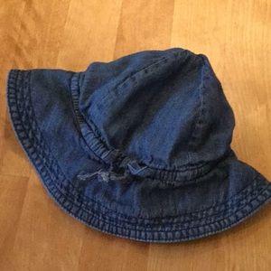 Baby gap jean hat size 12-18 months